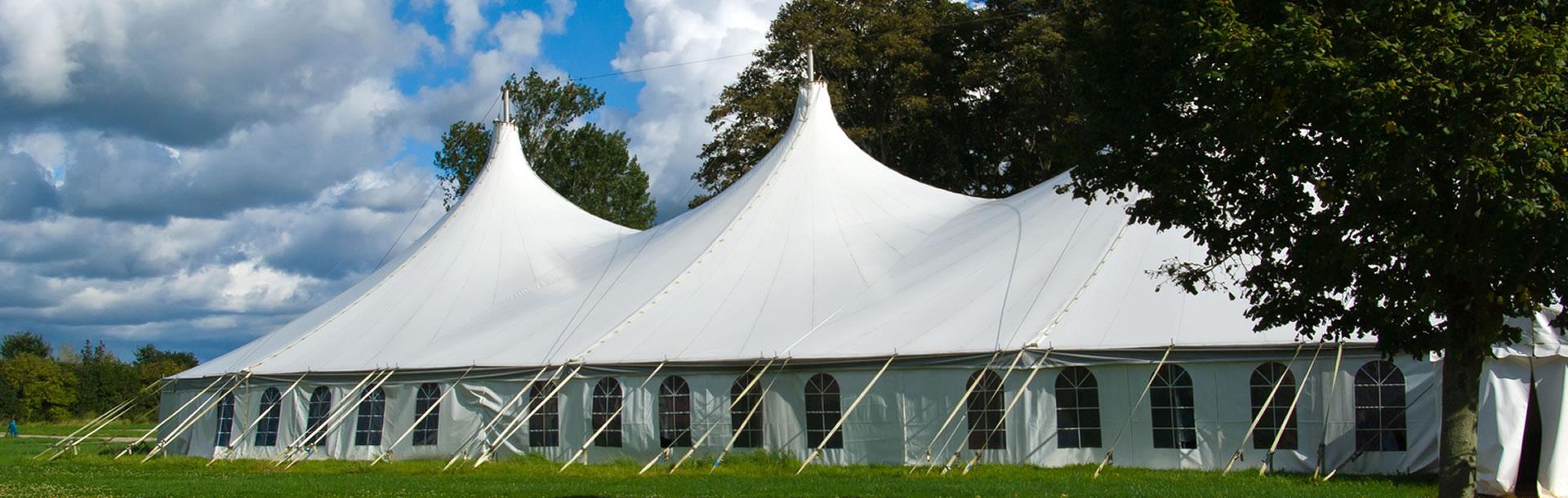Festzelt – Eventlocation für Hochzeiten und Firmenevents ...